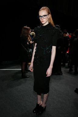 mbfwa-backstage-knitted-dress-beetles